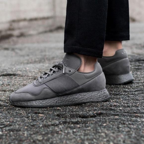 33e9694eeb3e3 adidas Other - Adidas Daniel Arsham x New York Present Size 8.5